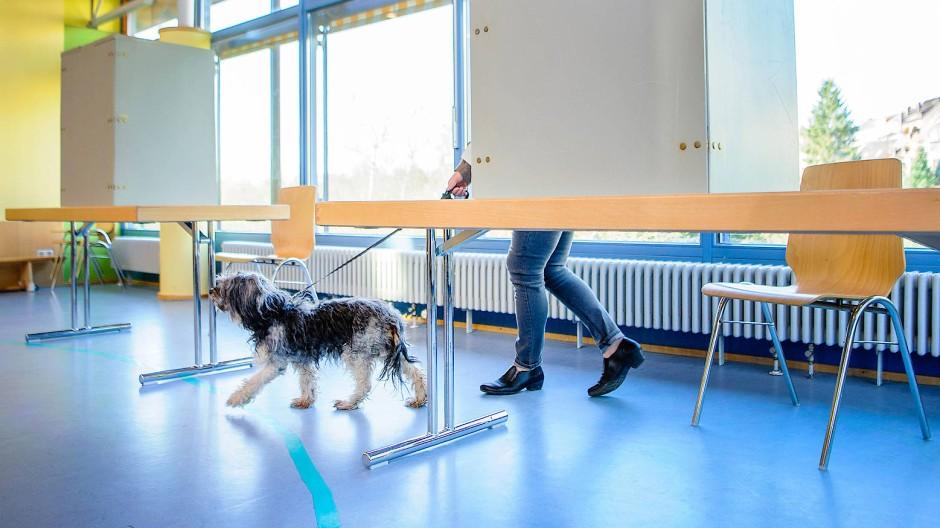In einem Wahllokal in Püttlingen
