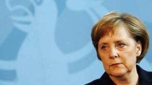 Merkel will Union für Elterngeld mit Vätermonaten gewinnen