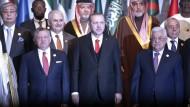 Recep Tayyip Erdogan wünscht sich eine entschlossenere Reaktion der Muslime auf die Anerkennung Jeursalems als Hauptstadt Israels.