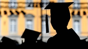 Deutsche Spitzenpolitiker verschleiern ihre Studienabbrüche