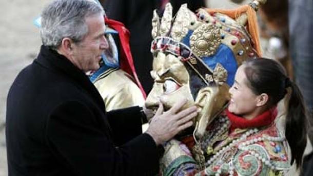 Bush lobt Demokratie in der Mongolei