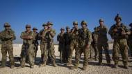 Amerikanische Soldaten, die offiziell zur Sicherung von Ölfeldern nach Syrien entsandt wurden.