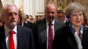 Briten wollen nun doch lieber Corbyn als Premier