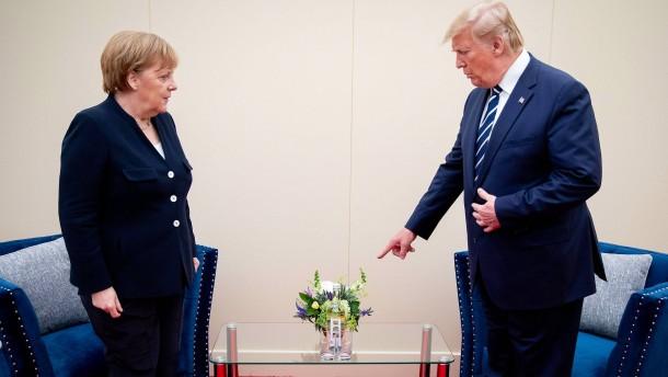 Merkel trifft Trump bei D-Day-Feier