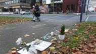 Blumen, Lichter, Gedichte: Hier erlitt Tugce A. die tödlichen Verletzungen.