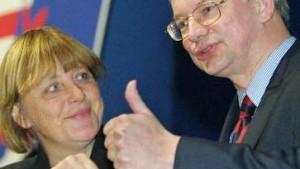 Merkel distanziert sich von 40-Stunden-Woche