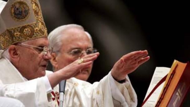 Papst Benedikt XVI. hält Neujahrsmesse