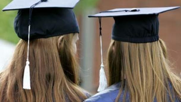 Deutschland fällt bei Hochschulbildung weiter zurück