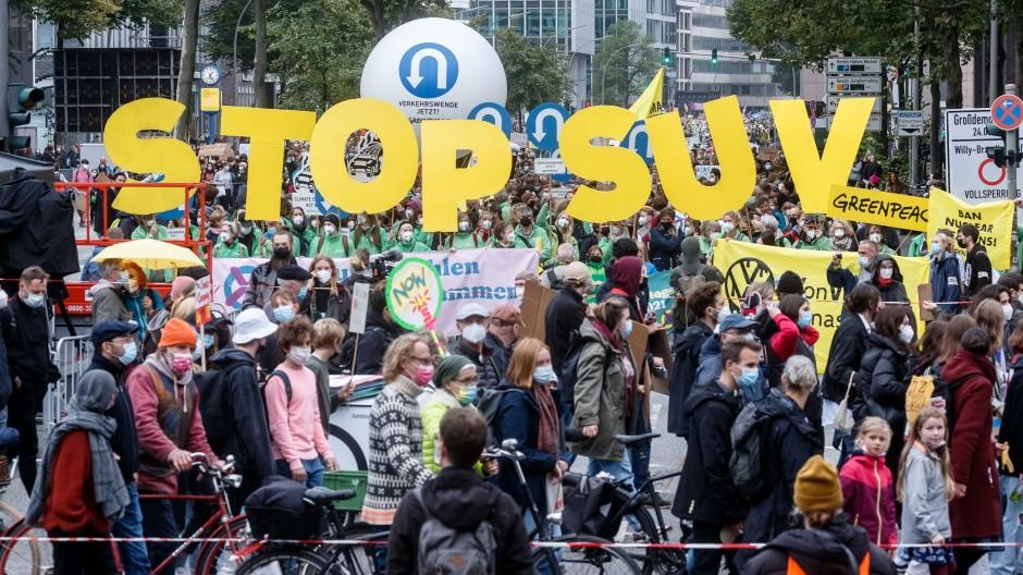 Kurz vor der Wahl haben die Klimaaktivisten nochmal demonstriert - auch in Hamburg.