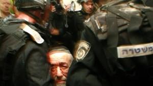 Soldaten gegen Siedler in Hebron