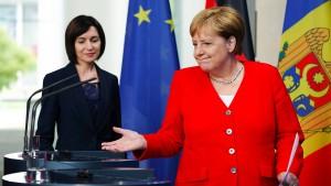 """Merkel will von der Leyens Nachfolge """"sehr schnell"""" klären"""