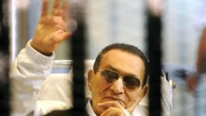 Gericht setzt Mubarak auf freien Fuß