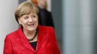 Umfrage: SPD fällt zurück - Union und FDP legen zu
