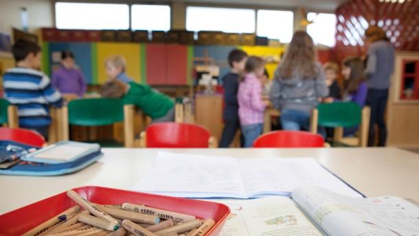 Insolvenz der Lehrerkooperative - Zum Beispiel an der Münzenbergerschule sind Angebote wie Mittagessen, Frühbetreuung, Hausaufgabenbetreuung gefährdet