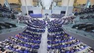 Heute ist der neue Bundestag zu seiner ersten Sitzung zusammengekommen.