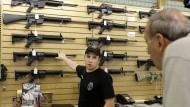 Diskutierte Ware: Ab Januar soll ein neues Waffengesetz in den amerikanischen Kongress eingebracht werden.
