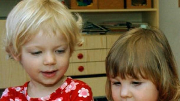 Lob für Kinderbetreuung in Deutschland