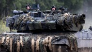 Parallel Fake News zur Unterstützung verbreiten: Bundeswehrsoldaten bei einer Nato-Übung in Litauen
