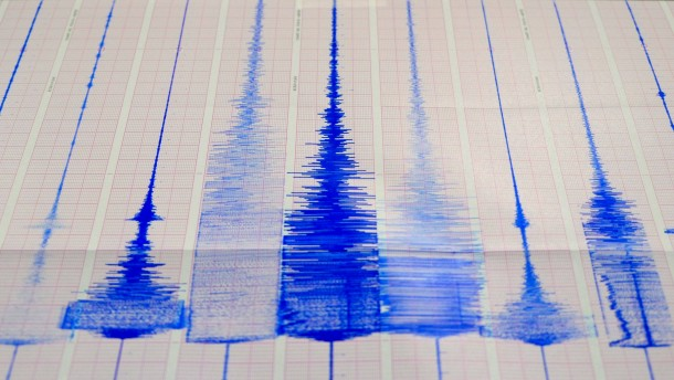 Ein Toter bei Erdbeben in Taiwan und Japan