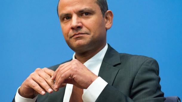 Schiedsgericht: Edathy darf in der SPD bleiben