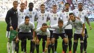 Die Mannschaft: Deutsch von der Abwehr bis zum Sturm