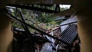 150 Tote nach Erdrutsch befürchtet