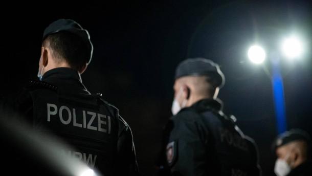 Polizei stoppt antiisraelischen Demonstrationszug