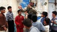 Kein Kinderspiel: Die irakische Übergangsregierung wird verschoben