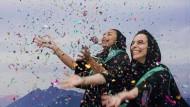 Jubel: Nach der Aufhebung des Frauenfahrverbots im September