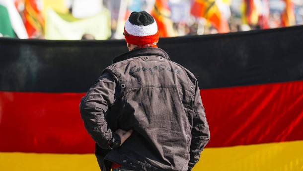 Populismus erreicht in Deutschland deutlich weniger Menschen