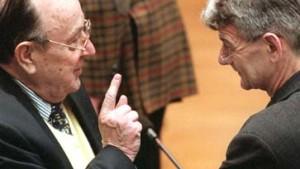 Fischer und Schröder streiten über Genscher