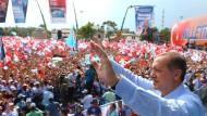 Sieger aller Klassen: Recep Tayyip Erdogan bei einer Wahlkampfveranstaltung Anfang August in Konya