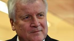 CSU vertagt Entscheidung über Seehofers Zukunft
