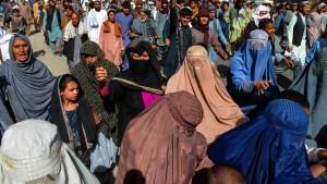 Tausende demonstrieren gegen Taliban in Kandahar