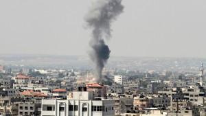 """Israels Militär soll """"die Samthandschuhe ausziehen"""""""