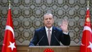 Der türkische Staatspräsident Erdogan will die PKK 2016 vernichten
