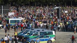 Tausende protestieren in München gegen Corona-Politik