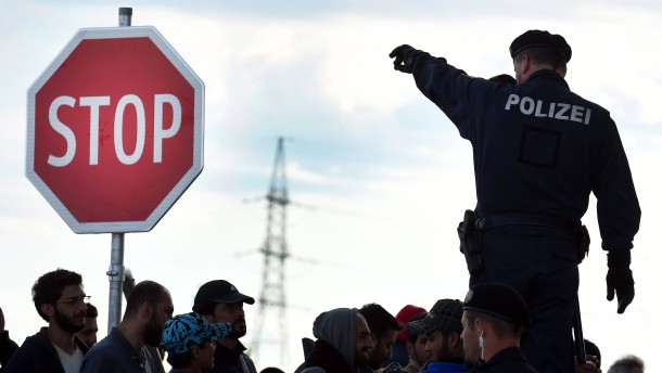 Austria blocks migrants from entering at southern border