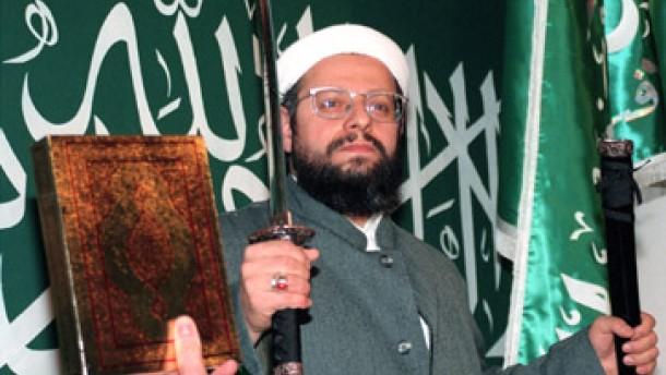 Zehn verdächtige Islamisten festgenommen