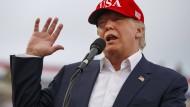 Trumps Sicherheitsstrategie: Amerika zuerst oder Amerika allein?