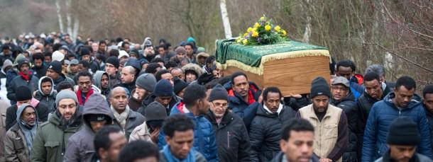 Beerdigung von Khaled Idriss Bahray auf einem Friedhof in Berlin.