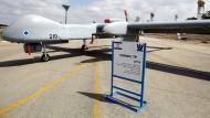 Vorsicht, bewaffnungsfähig: Eine israelische Drohne des Typs Heron TP auf der Luftwaffenbasis Tel Nof