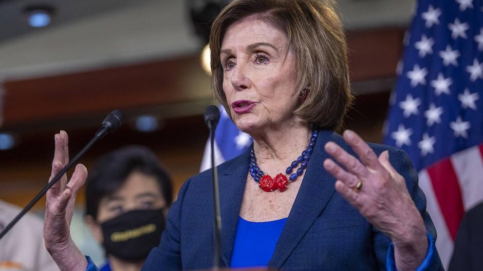 Nancy Pelosi auf einer Pressekonferenz im Kapitol am Dienstag