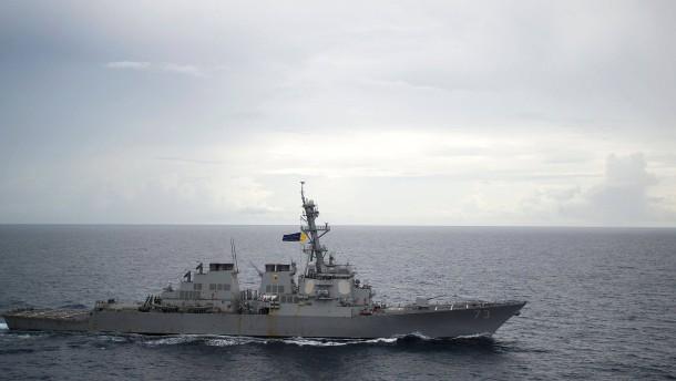 Gefährlicher Zwischenfall mit amerikanischem Kriegsschiff