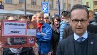 Maas wirft AfD Eingriff in die Religionsfreiheit vor