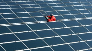 Merkel setzt Solarförderung durch
