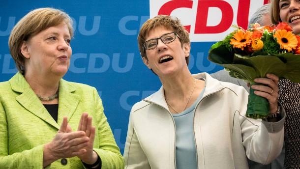 """Merkel sieht nach Sieg im Saarland """"viel Arbeit"""" für CDU"""
