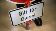 Nur ein Anfang: Solche Schilder sähe die Deutsche Umwelthilfe gerne.