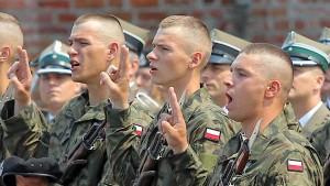 So wird Polens Militär auf Linie gebracht