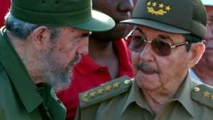 Fidel Castro gibt vorübergehend Macht ab